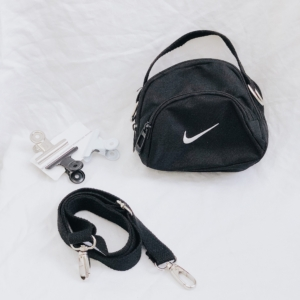 tui-Nike-mini-shoulder-bag-chinh-hang