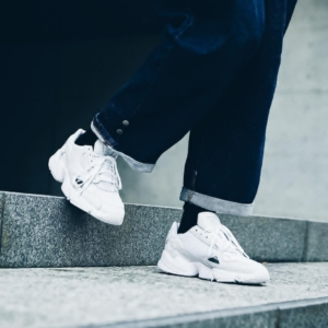 '-adidas-chinh-hang-falcon-crystal-white