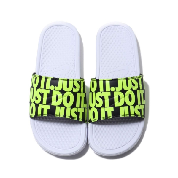 '-Nike-Benassi-chinh-hang-white-volt