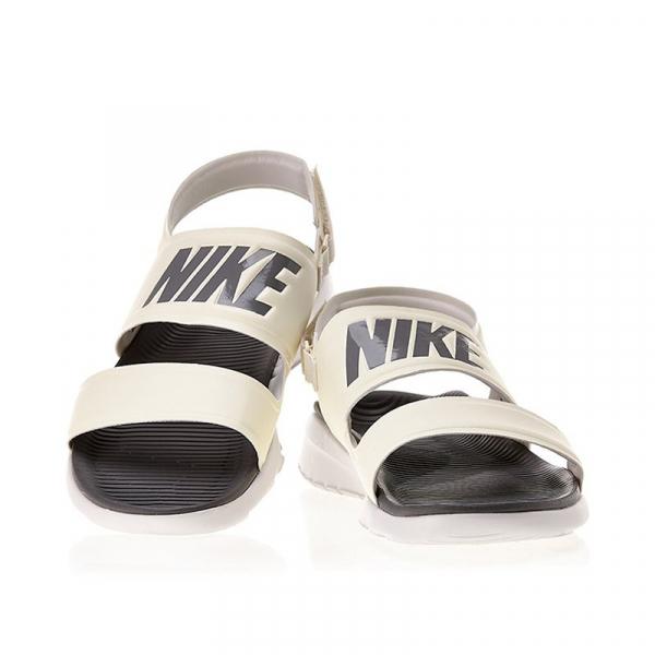 sandal-Nike-chinh-hang-882694-100