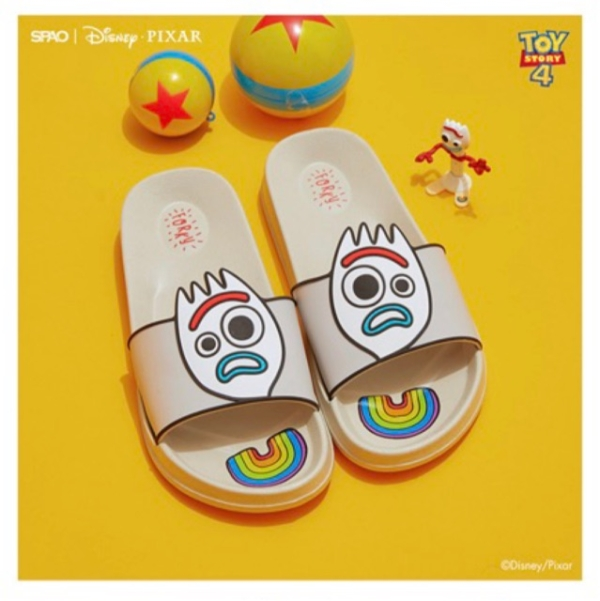 dep-spao-toy-story-chinh-hang-han-quoc