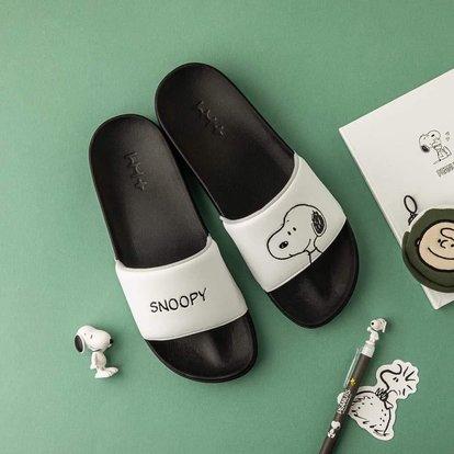 dep-Peanuts-Snoopy-chinh-hang