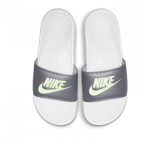 dep-Nike-chinh-hang-343881-012