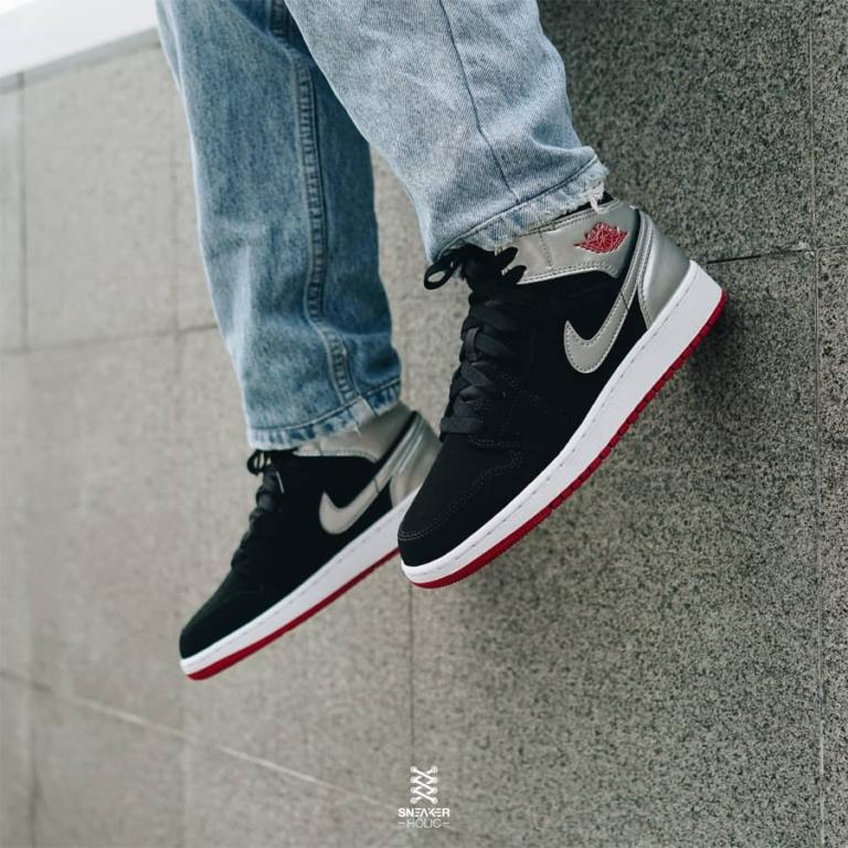 giay-Air-Jordan1-chinh-hang-554724-057